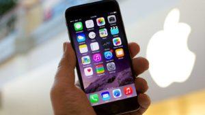 Чем обусловлена такая популярность Apple iPhone?